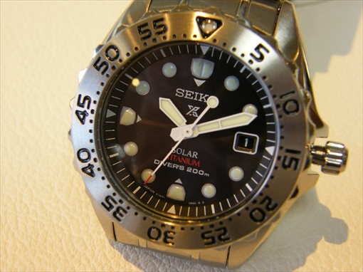 SEIKO・PROSPEX SBDN013 ソーラー200m空気潜水用防水